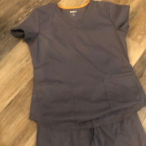 Scrub Star Scrub Set-Grey- Small bottom, Med Top